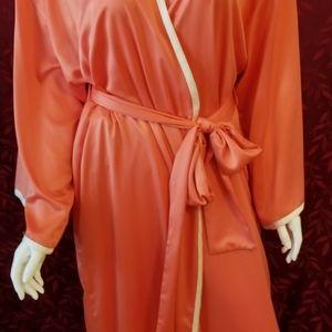 Gorgeous Natori Coral Orange Silky Robe L